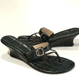 Cole Haan 10.5 Womens Black Wedge Sandals Thong